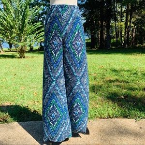 Chico's Print High Rise Wide Leg Pants